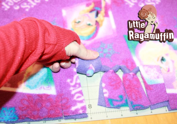 how to make a no sew no tie fleece blanket for adults kids a